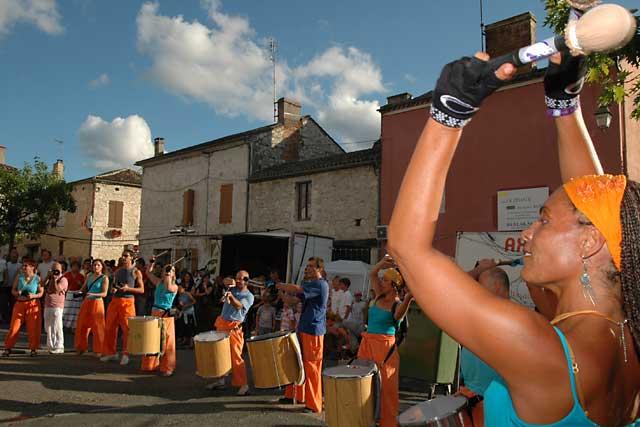 Le 30 juillet, Villeréal renouera avec son Tempo Latino !...|Archives © jean-Paul Epinette - icimedia@free.fr
