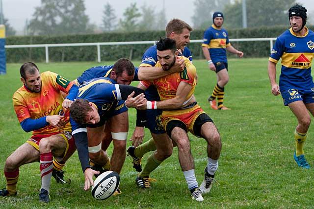Un rugby laborieux, mais une victoire villeneuvoise...|Photo © jean-Paul Epinette - icimedia@free.fr