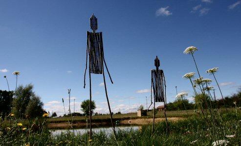 Les créations éphémères de Campagn'Art dans le paysage...|Archives © jean-Paul Epinette - icimedia@free.fr