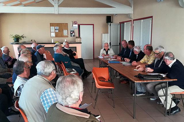 Les adhérents villeréalais de la Fnaca au cours de la réunion.|Photo © Pierre-Antony Epinette - icimedia@free.fr