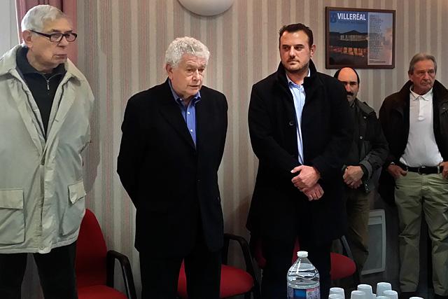 Entouré de Guy Berny et de Guillaume Moliérac à qui il transmets le témoin, le maire de Villeréal a annoncé que son mandat actuel sera le dernier.|Photo © Jean-Paul Epinette - icimedia@free.fr