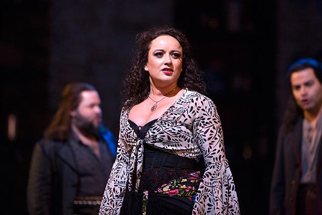 Clémentine Margaine dans le rôle de Carmen|Photo © Metropolitan Opera New York