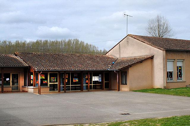 Désertée depuis deux mois, la maternelle va retrouver les petits Villeréalais...|| Archive © Jean‐Paul Epinette