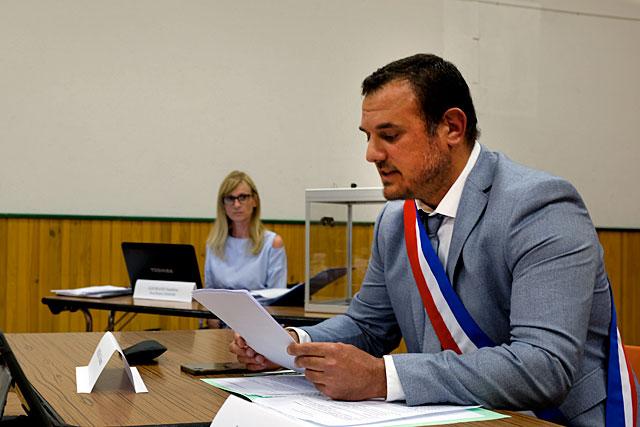 Au cours de cette séance, Guillaume Moliérac va parfaire l'organisation de l'assemblée communale... Photo © Jean-Paul Epinette.